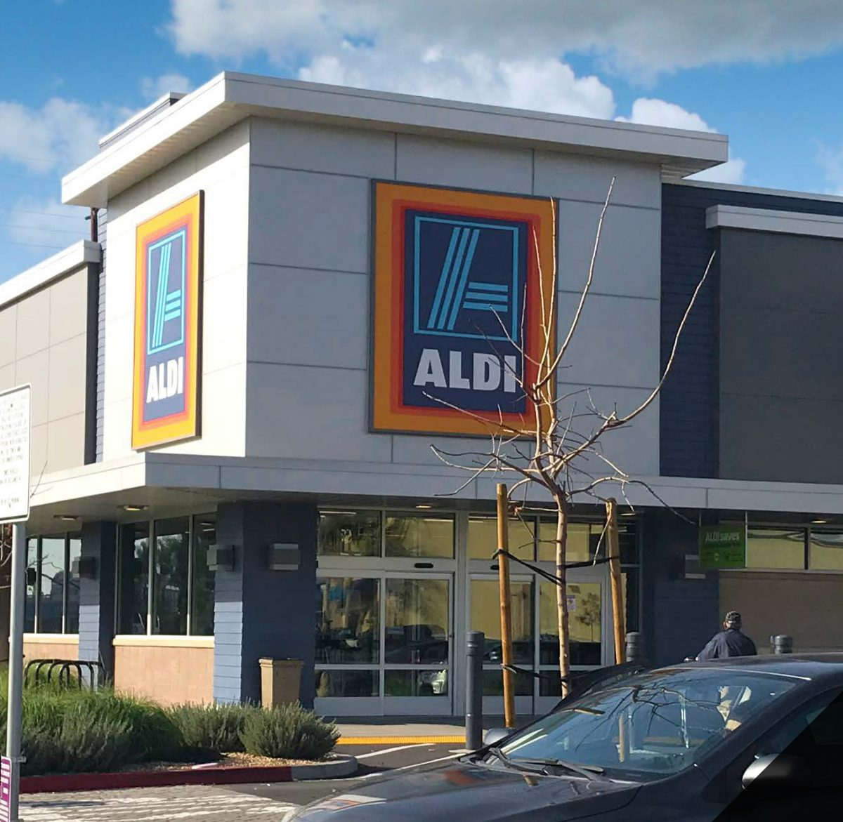 Hanley Investment Group Arranges Sale of Newly Renovated Single-Tenant Aldi in Northern Indiana for $3.8 Million to California Buyer 2