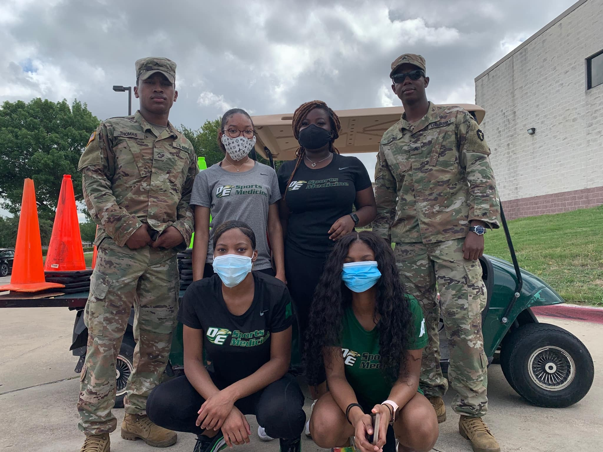 DeSoto students and National Guardsmen