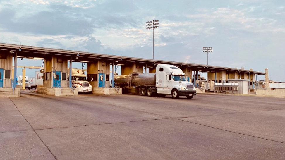 Borderlands: Border trucking capacity remains tight; Schneider Electric expanding in Tijuana 6