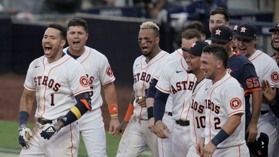 Correa hits walkoff homer to keep Astros alive in ALCS 5