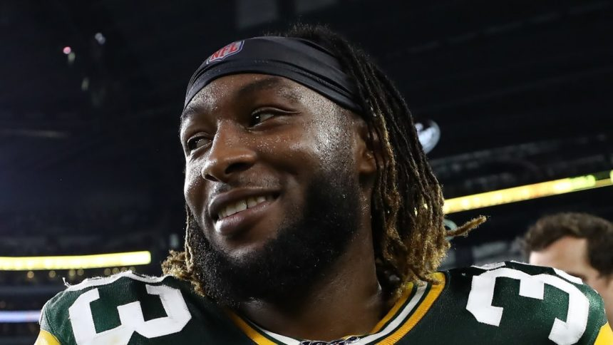 El Paso's Jones out for game due to calf injury, but Packers still top Texans 35-20 6