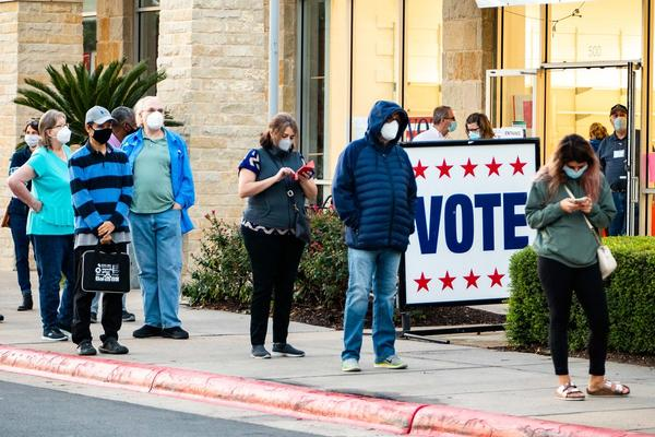 Federal judge says Texas voters must wear masks while voting despite Gov. Abbott's exemption 6