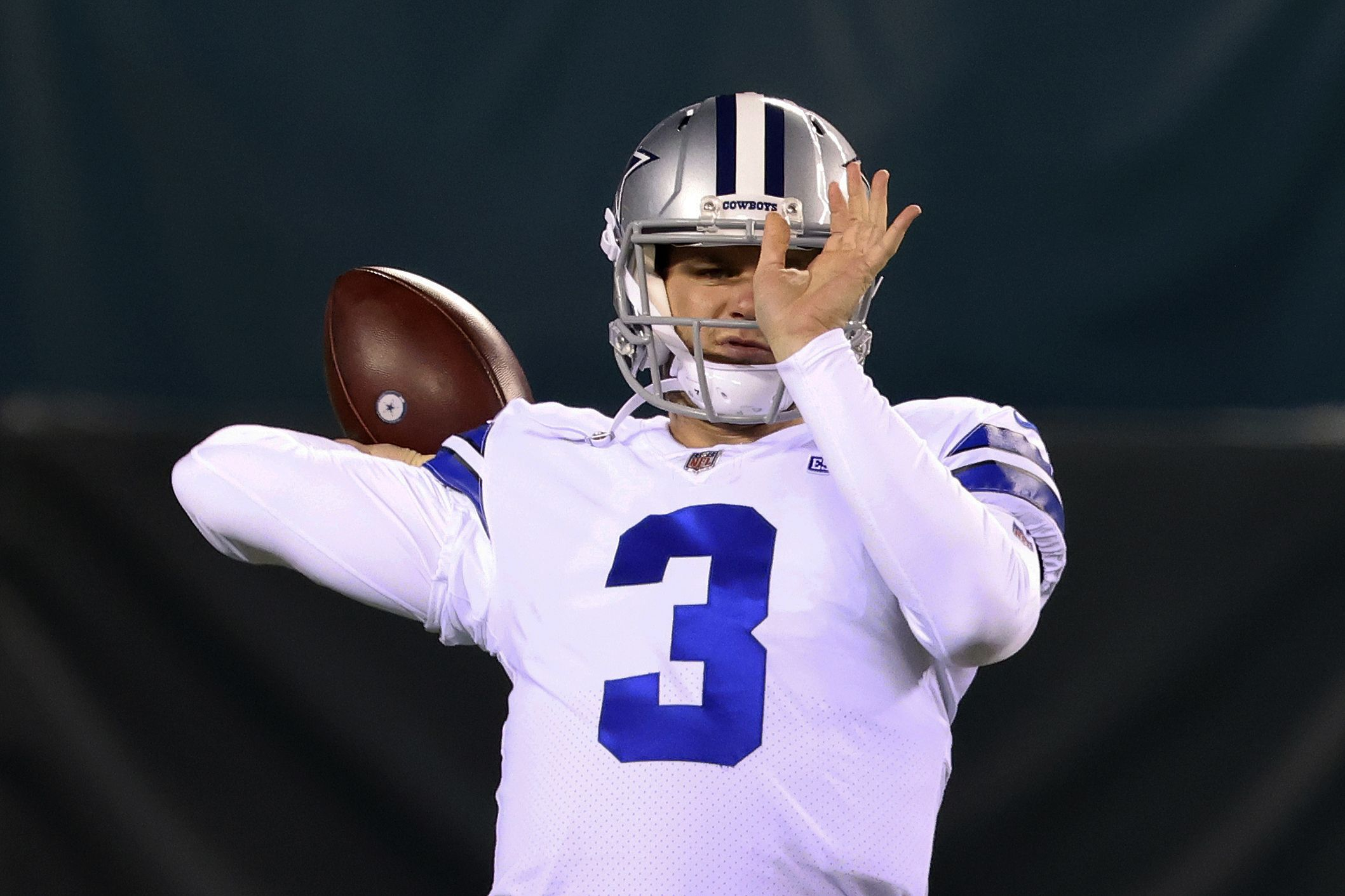Cowboys' Gilbert to get his 1st NFL start vs. Steelers 6