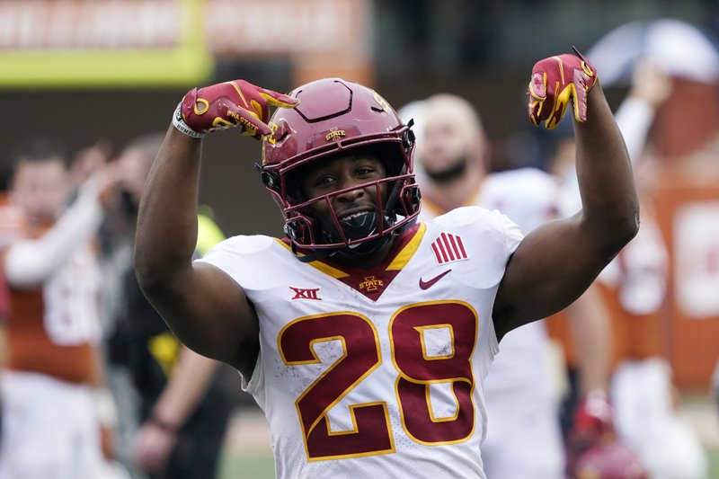 Late TD lifts No. 15 Iowa State over No. 20 Texas 3