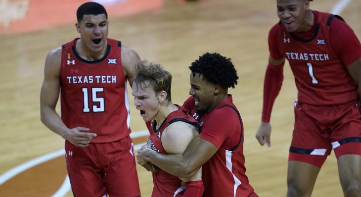 No. 15 Texas Tech knocks off No. 4 Texas, 79-77 11