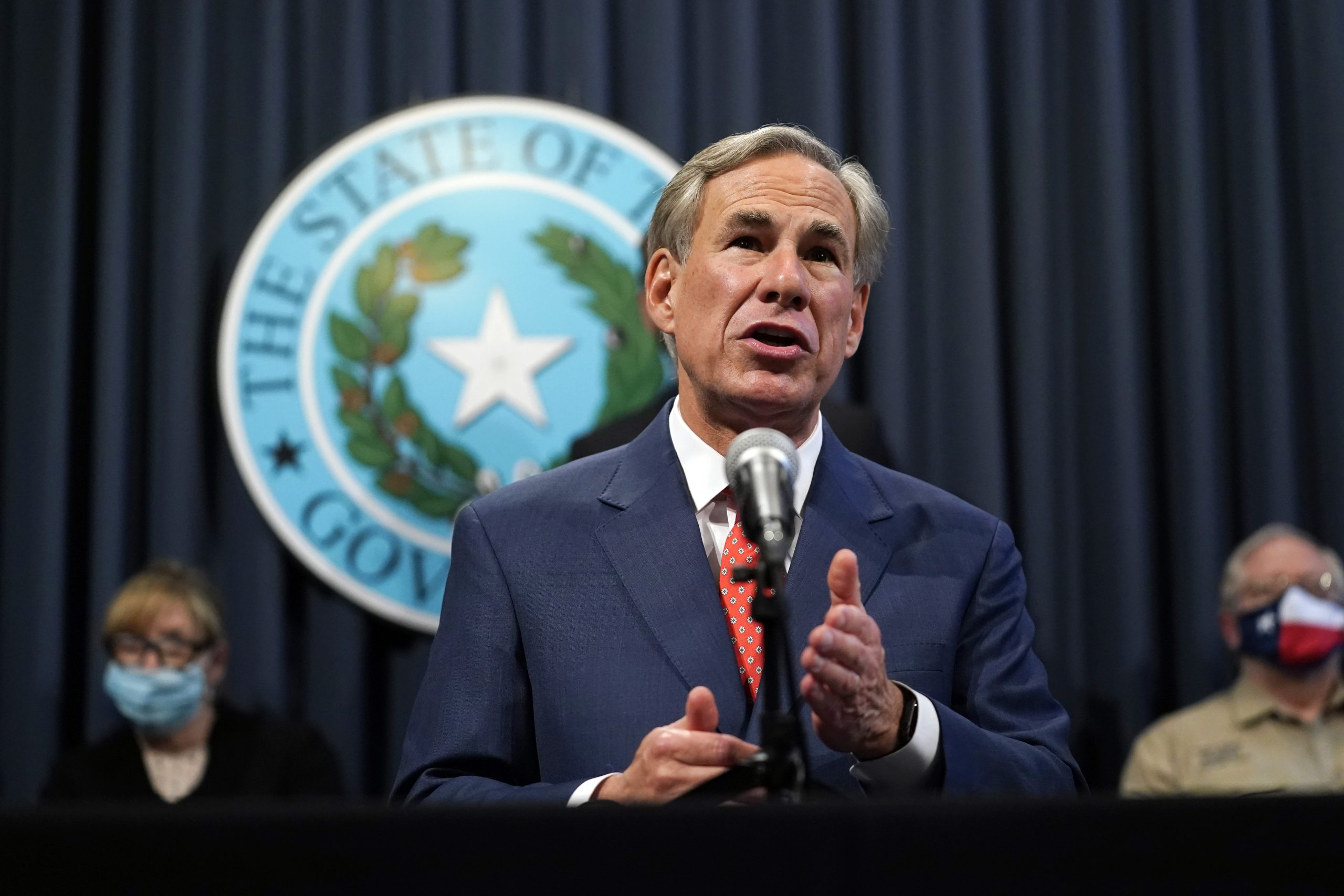 Watch LIVE: Texas Gov. Abbott discusses latest on statewide virus vaccine rollout 1