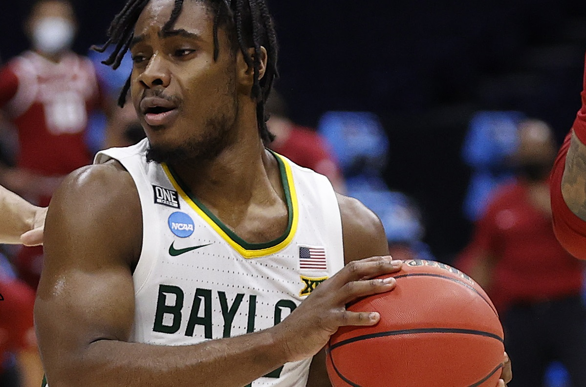 Baylor claims 2nd national hoops title in Texas history 6