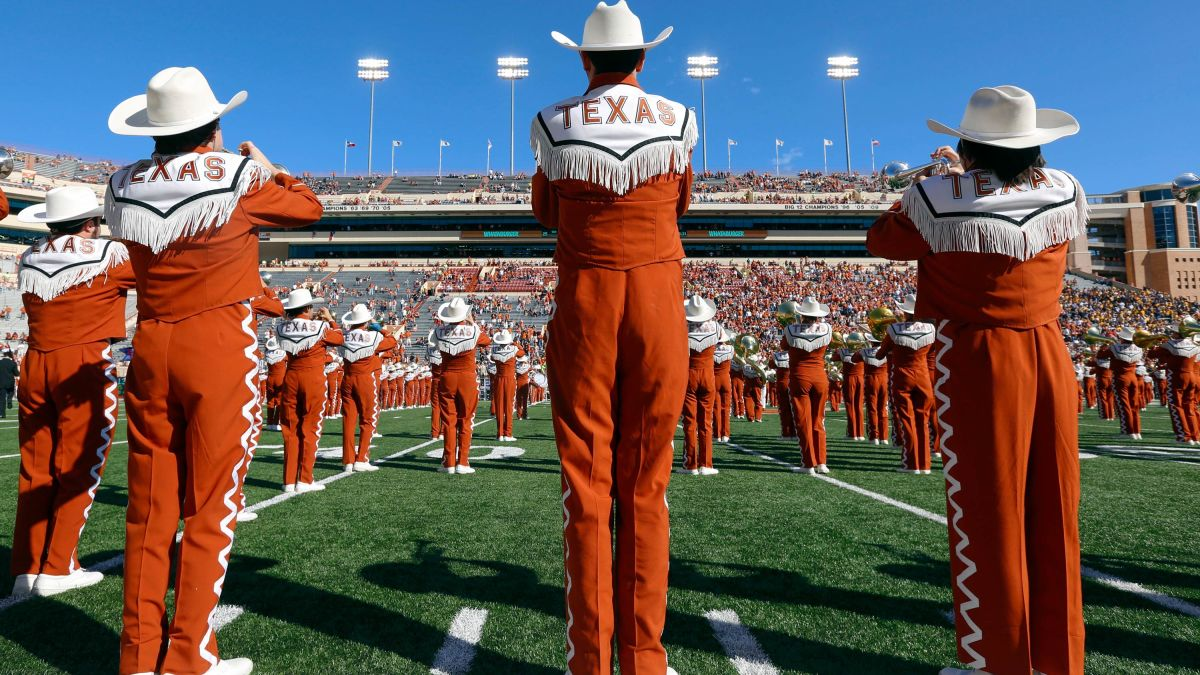 University of Texas band members will be required to play 'The Eyes of Texas' or join a different band 5