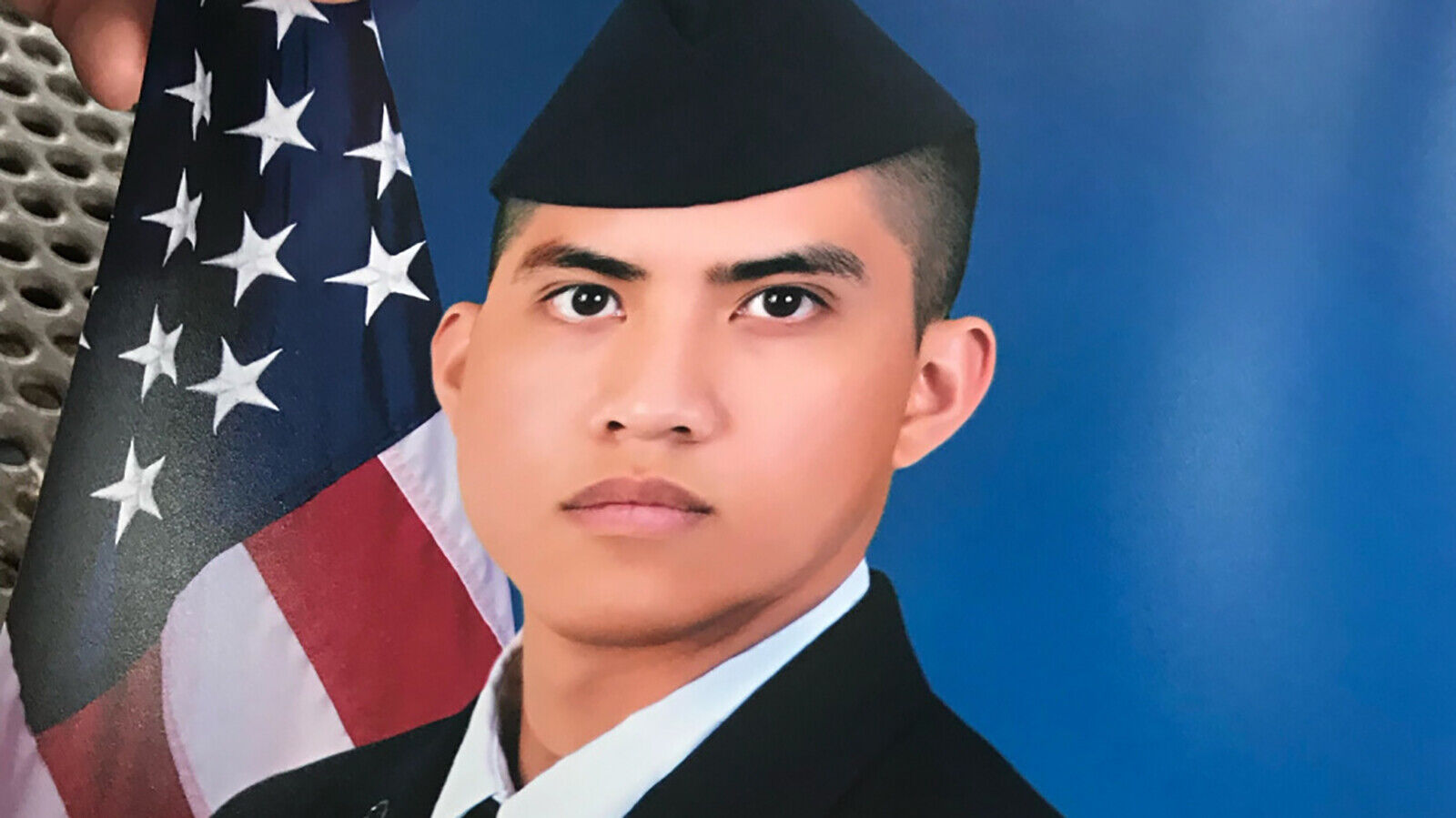 Family finds body of missing airman off Texas coast after Coast Guard suspends search 6