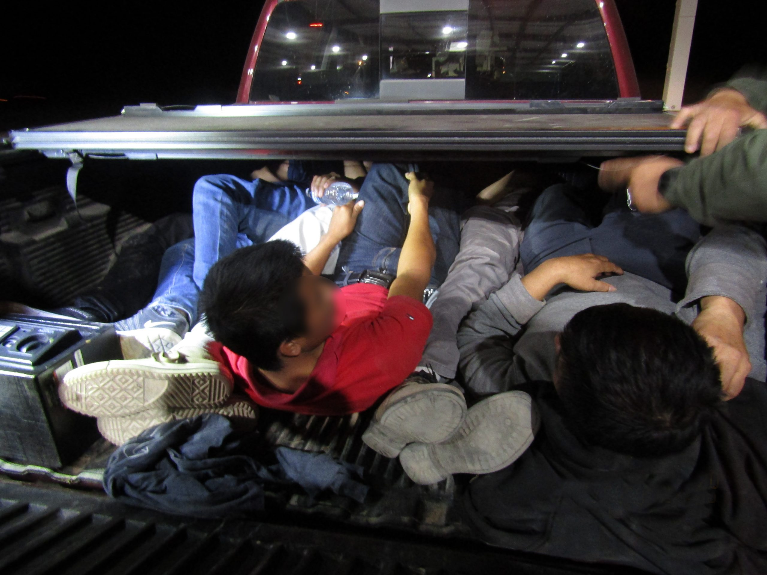 Over 20 migrants found hidden in truck bed and trailer at Sierra Blanca checkpoint 3