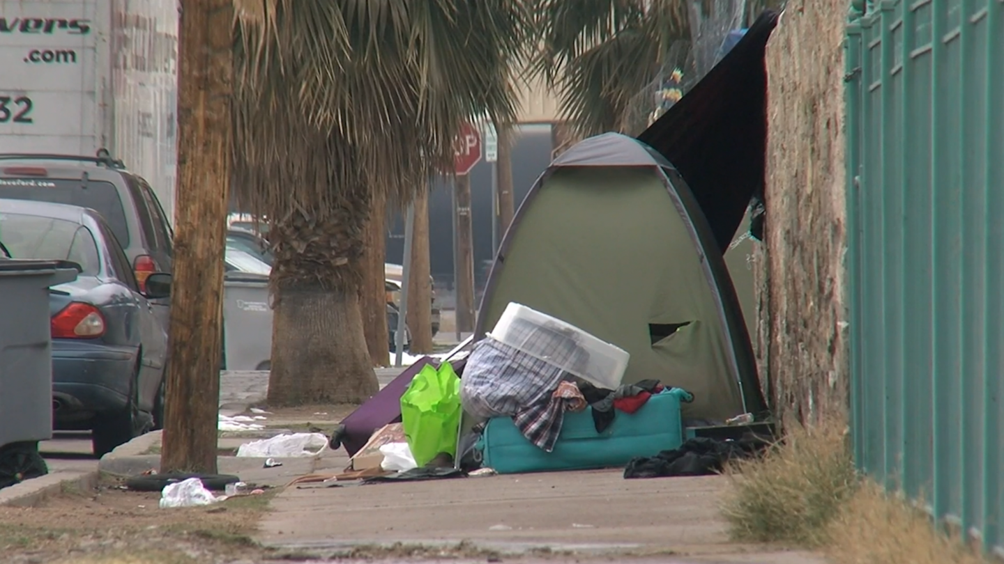 Statewide ban on homeless encampments approved by Texas Senate 6