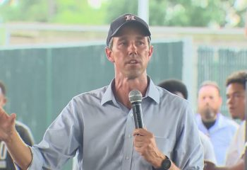 Beto O'Rourke tours Texas again to rally action on voting rights 9