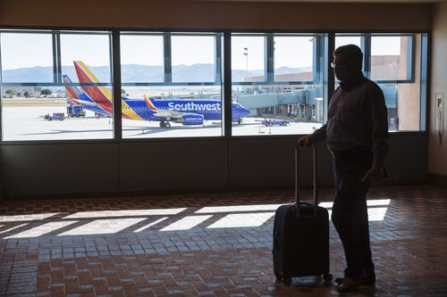 Tech snafus disrupt Southwest Airlines flights for 2nd day 6