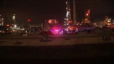 At least 2 dead and dozens injured after an acetic acid leak at a facility near Houston 6