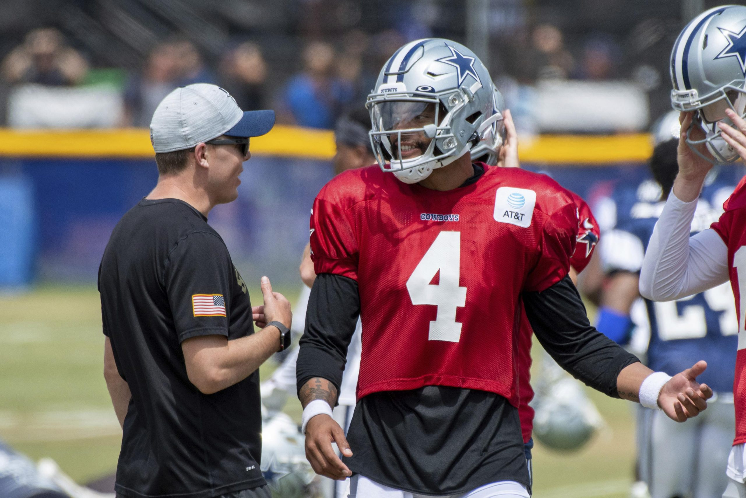 Cowboys' Prescott out of training camp with shoulder strain 6