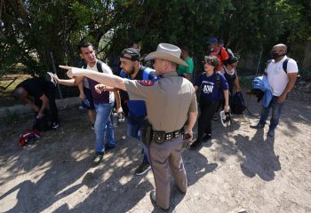 Federal gov't sues Texas to block troopers making migrant stops 15