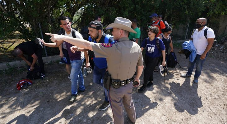 Federal gov't sues Texas to block troopers making migrant stops 12