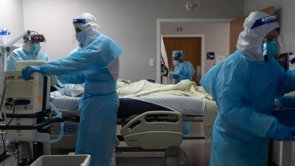 Dallas mandates masks as 2,500 more medical workers deployed to Texas hospitals 6