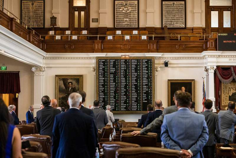 Texas House passes GOP voting restrictions 6