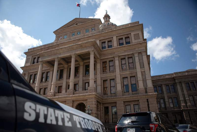 Texas Supreme Court clears way for law enforcement to round up Texas House Dems 6