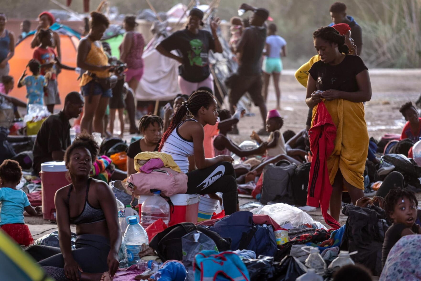 DHS releasing some Haitians into US despite claims they would be immediately expelled 6