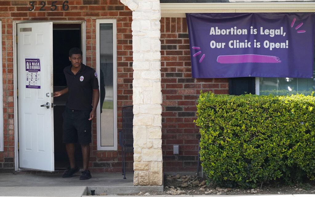 Judge shields Texas clinics from anti-abortion group's suits 6