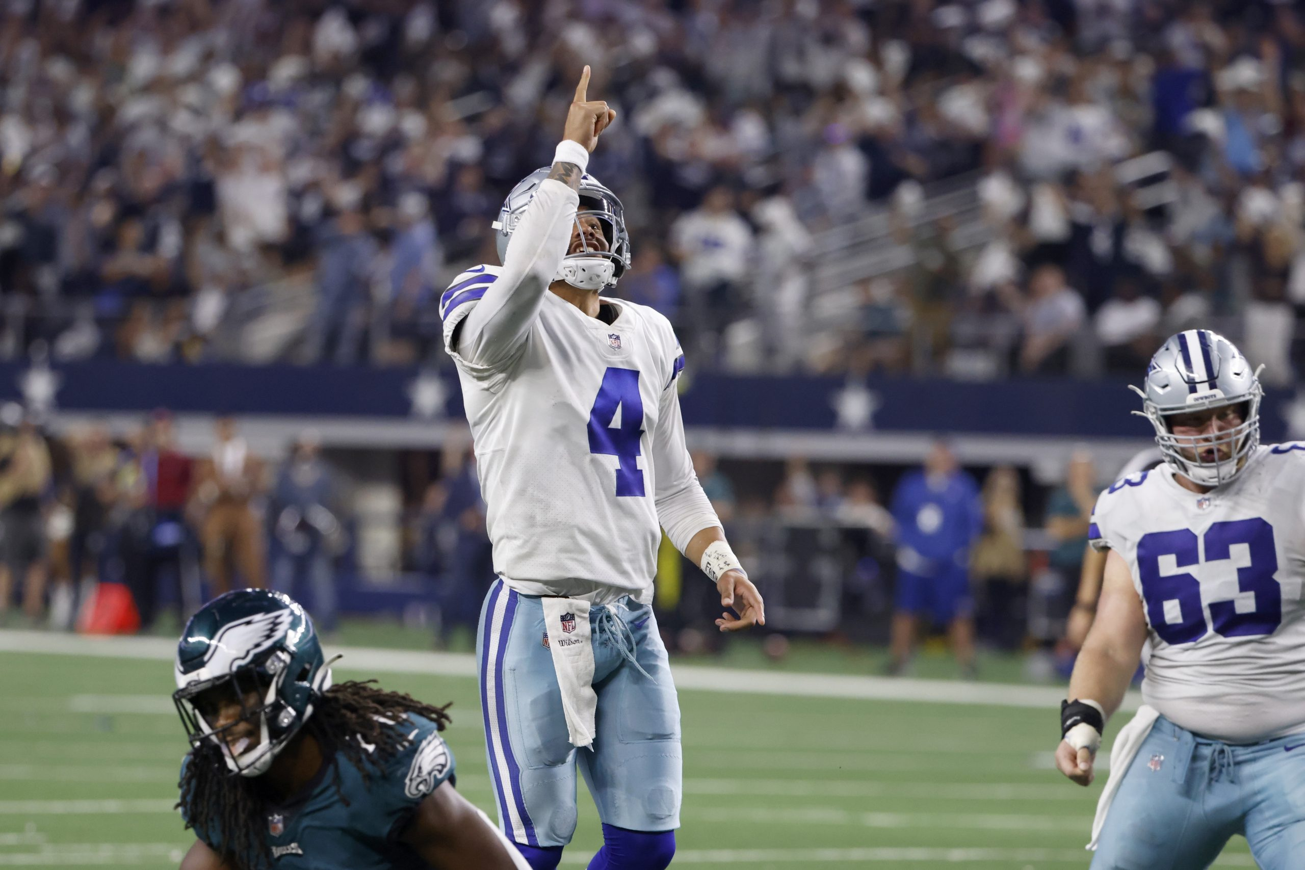 Prescott, Cowboys beat Eagles in 1st home game since injury 1