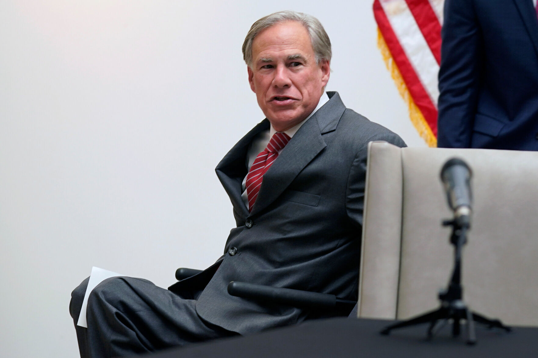 Texas governor says he's committed to eliminating rapists. The state has more than 5,000 untested rape kits 6