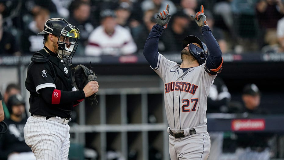 Altuve, Astros going back to ALCS after topping White Sox 6