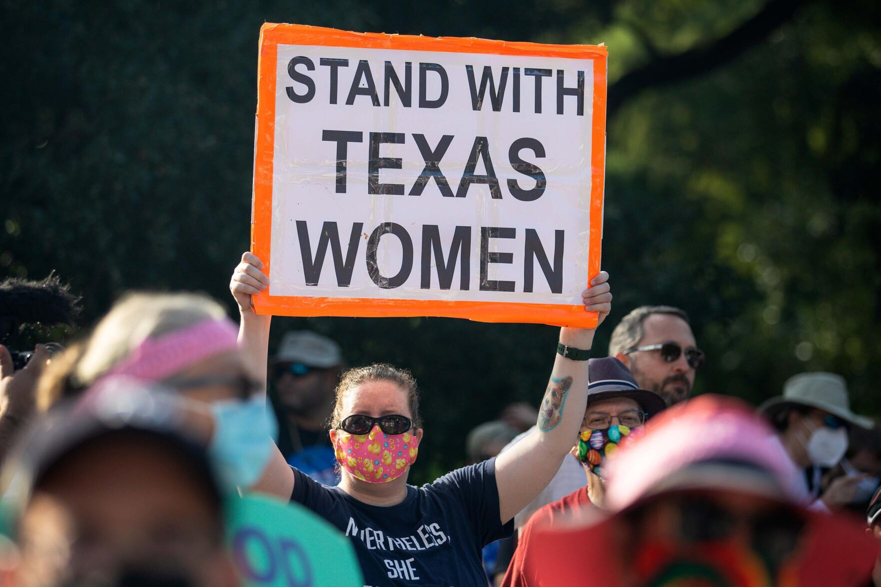 Appeals court puts hold on judge's order blocking Texas 6-week abortion ban 6