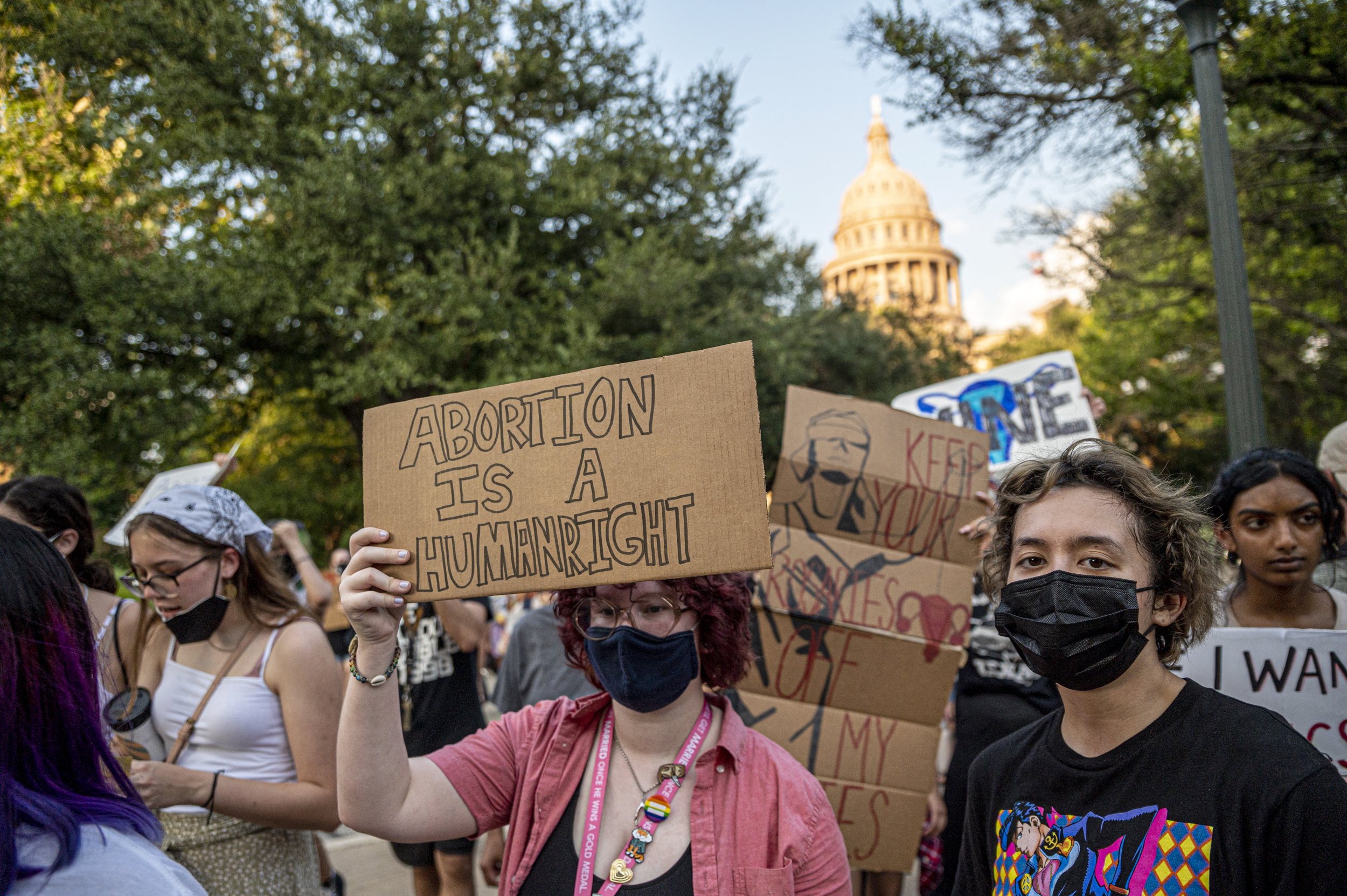 Justice Department again presses to halt Texas abortion law 6