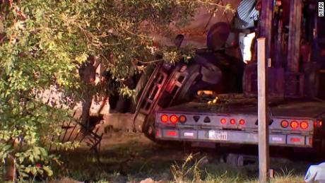 Texas woman killed after a stolen big rig crashes into a mobile home 3
