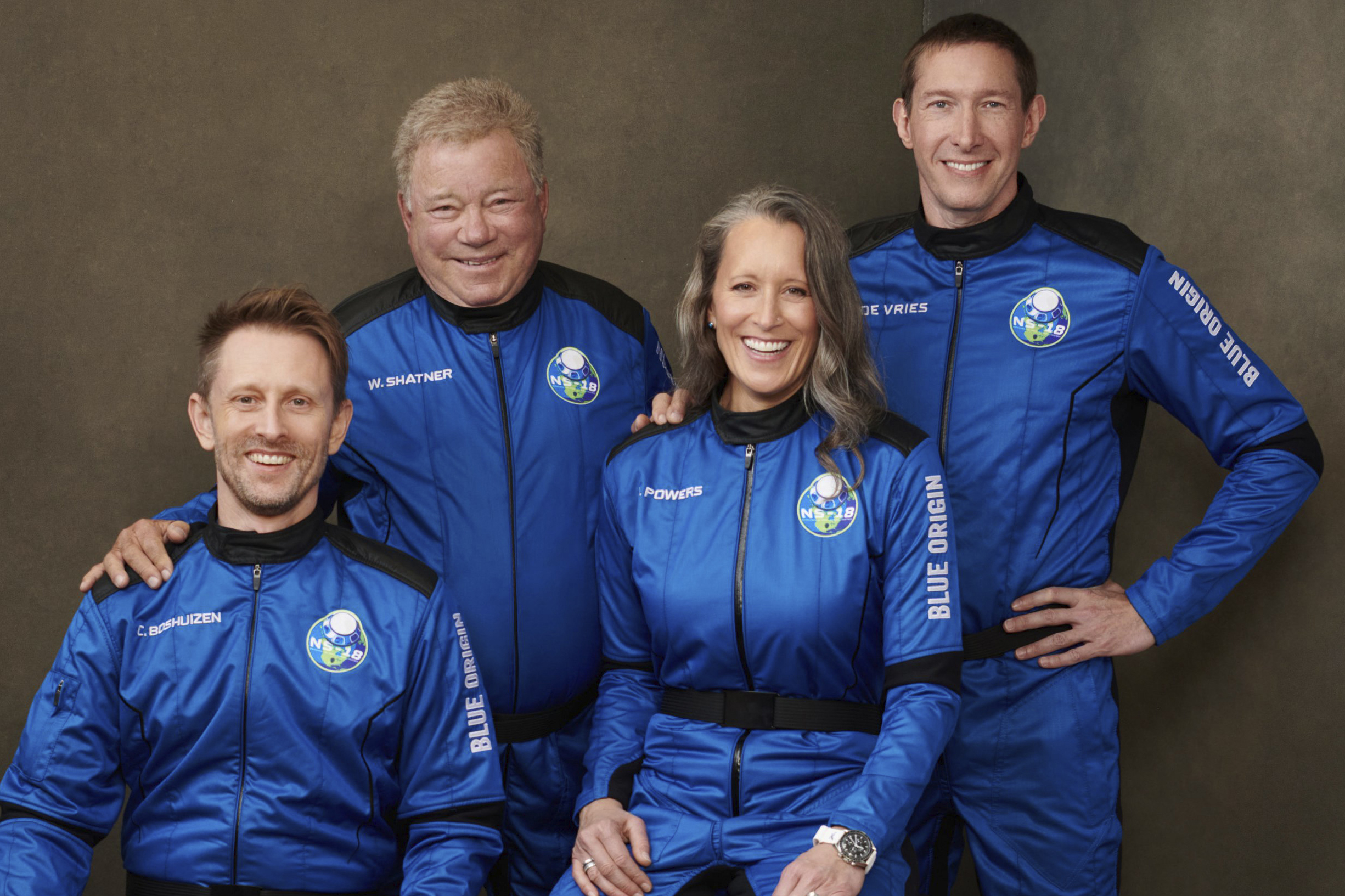 Watch LIVE: William Shatner & crew blast to the edge of space and back to Earth 6